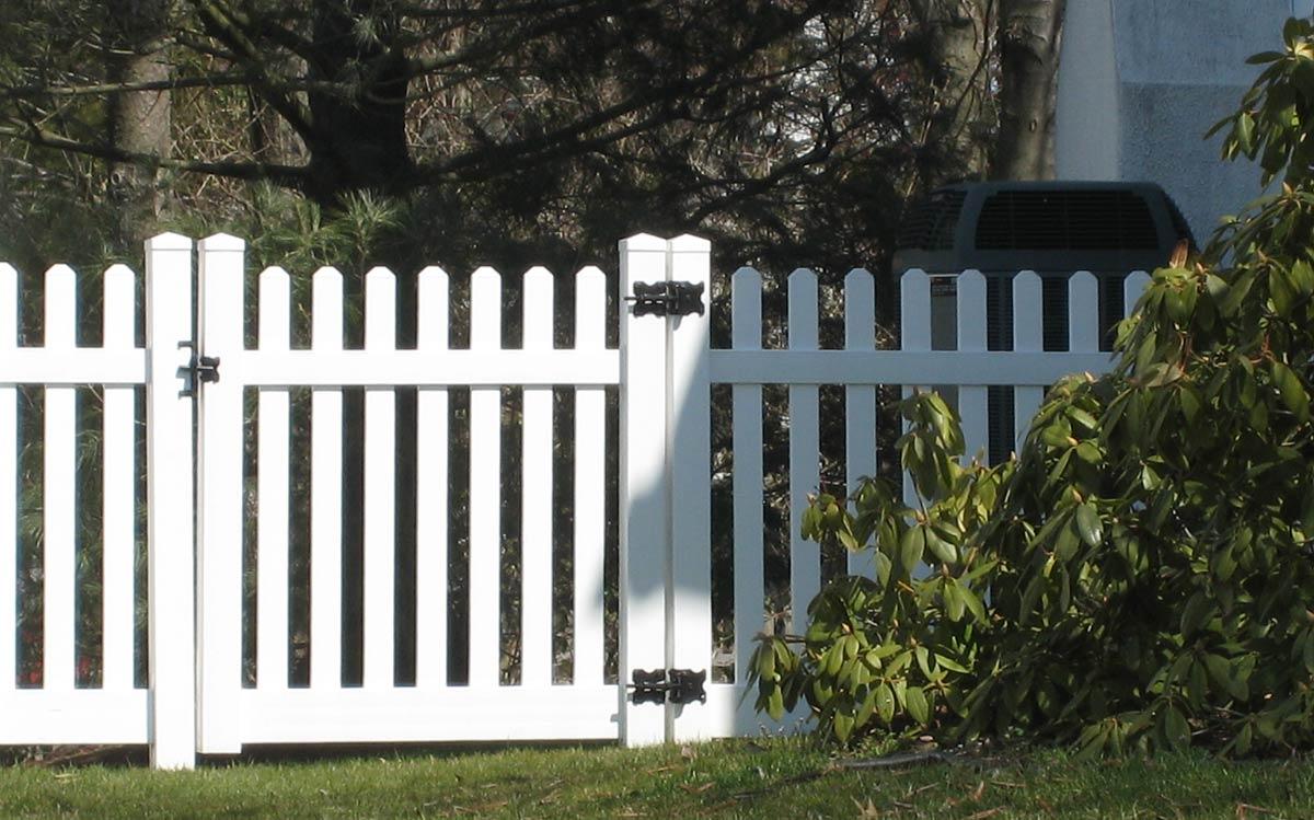Vinyl Fence IMG 1515