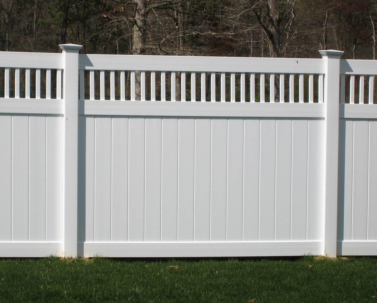 Vinyl Fence IMG 1554