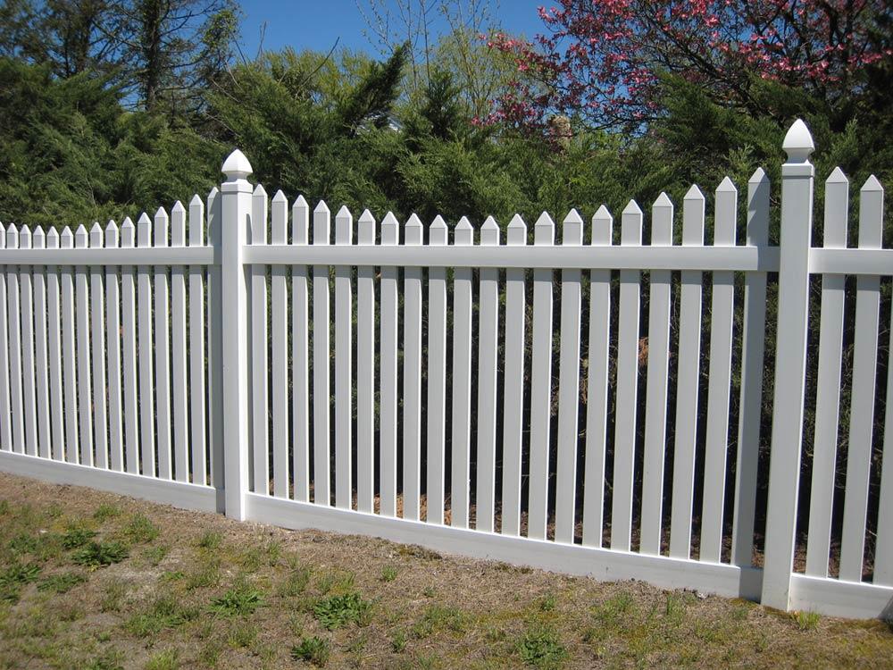 Vinyl Fence IMG 1605