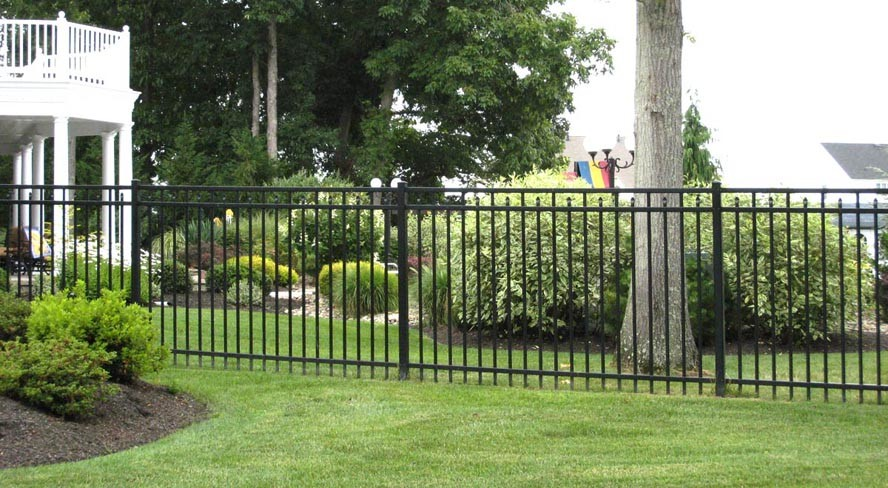 Series C aluminum fence